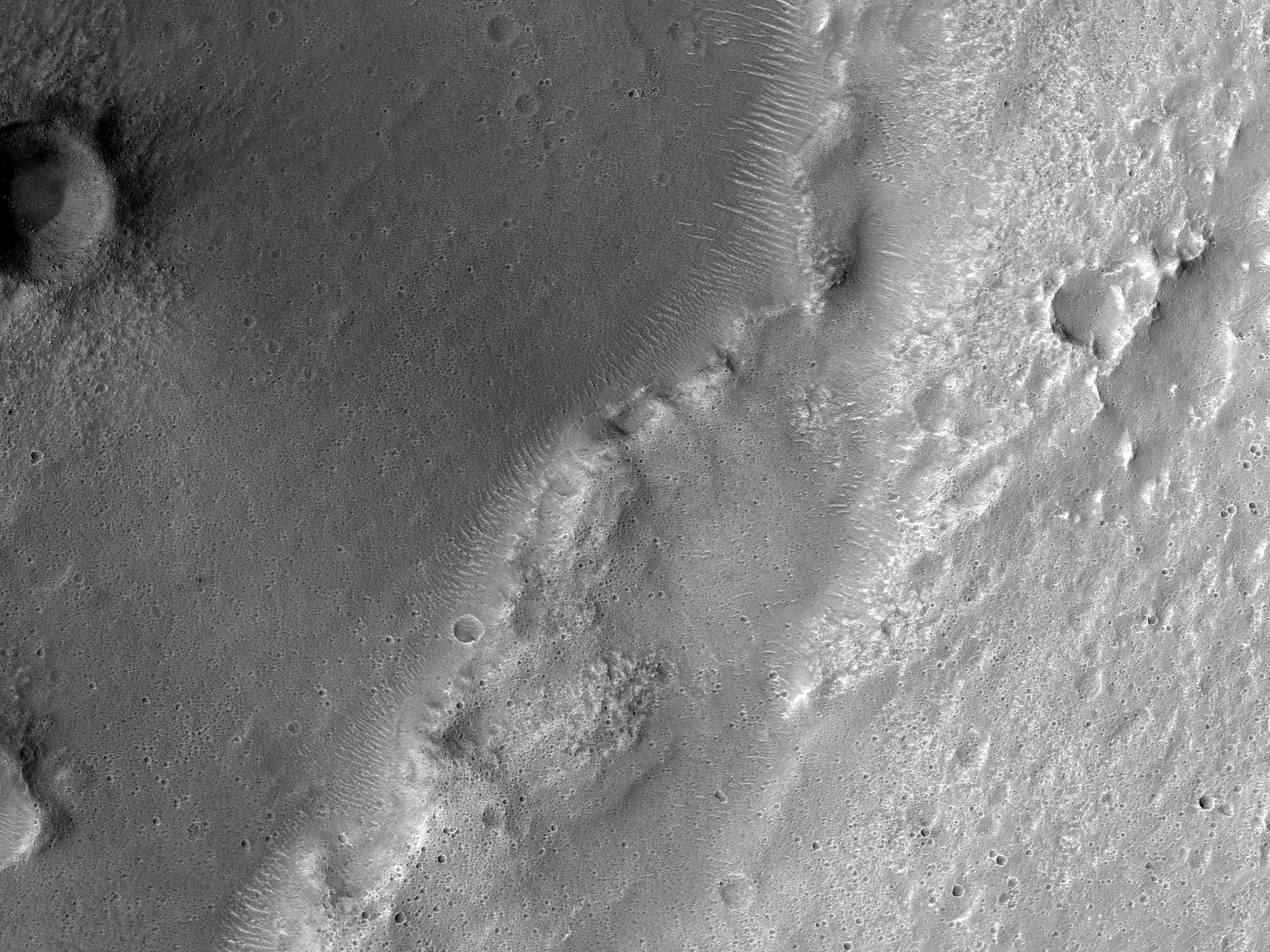 A Ridge in Hesperia Planum
