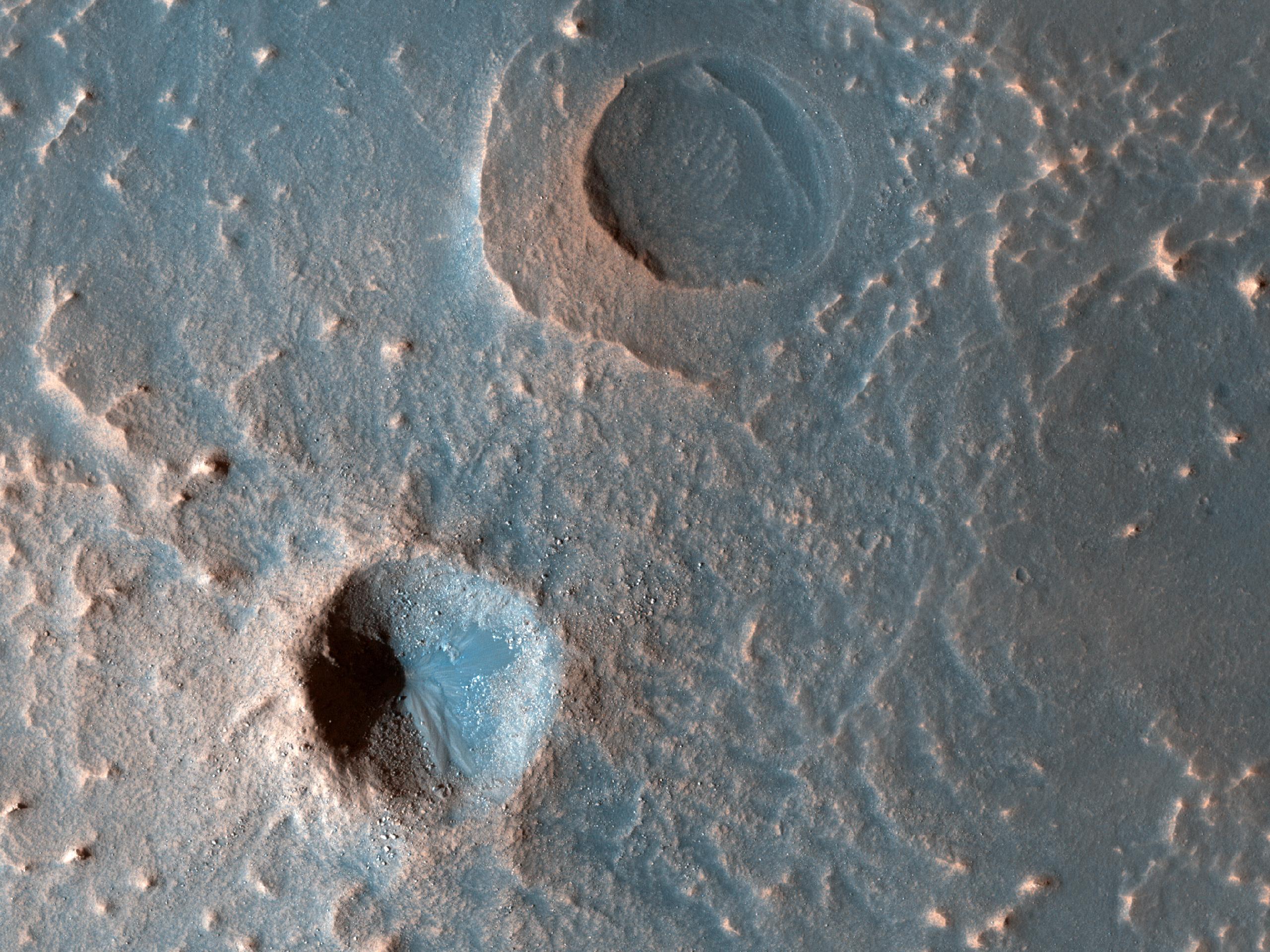 Un caratteristico cratere da impatto a raggiera nella Meridiani Planum