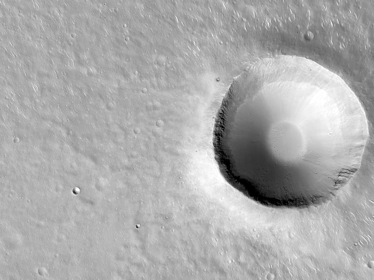 Crater in Isidis Planitia