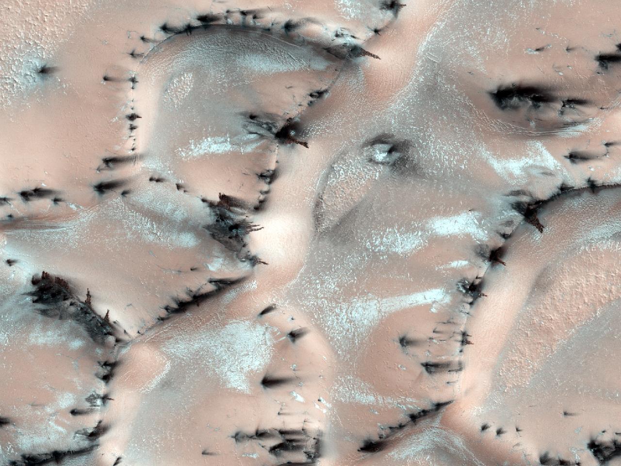 Dune con fratture e ventagli