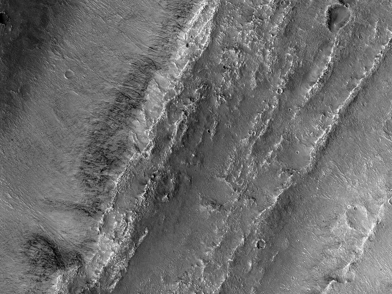 Roci la zi în canionul Eos