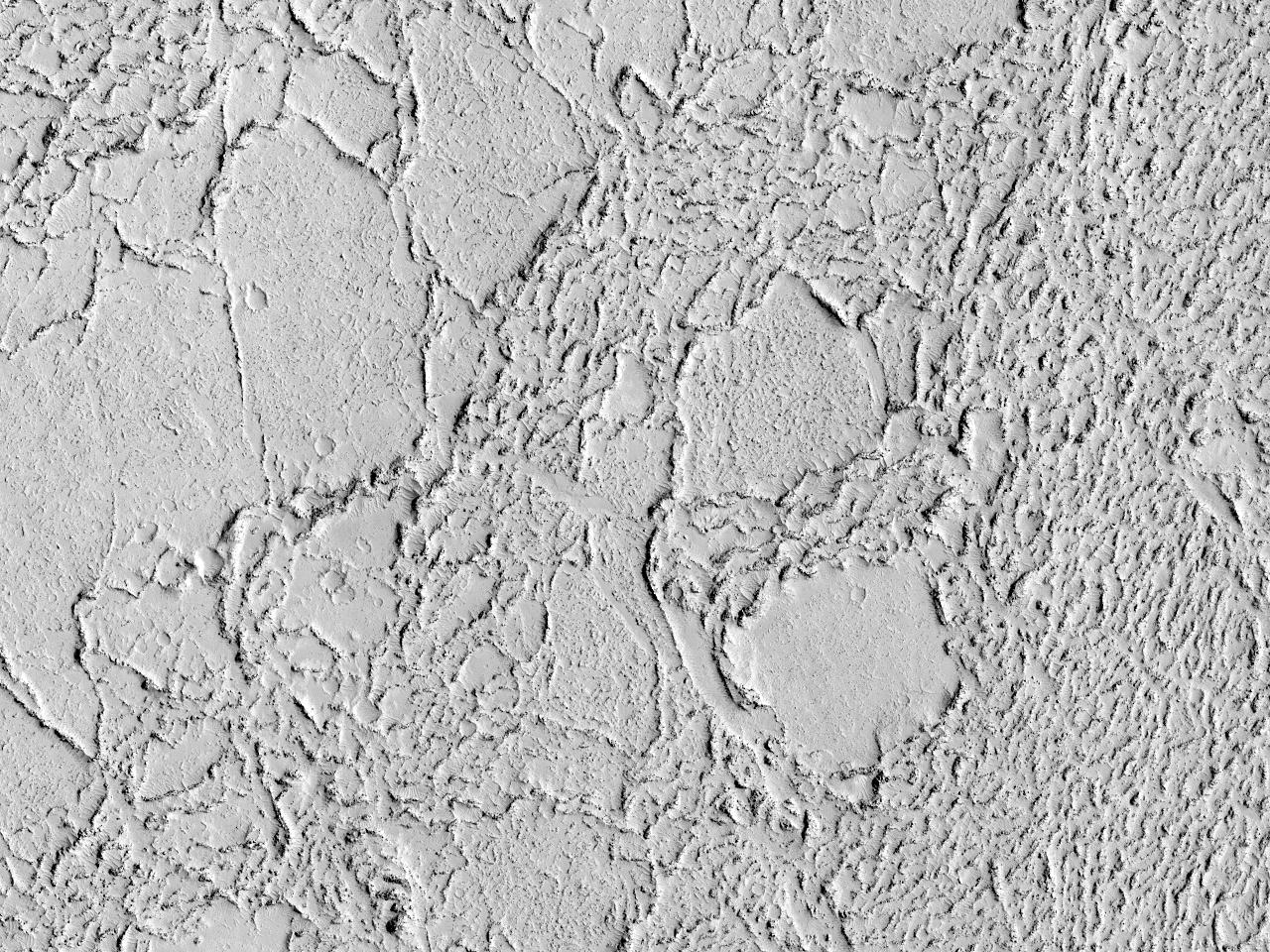 Cicatrices de flujos de lava en Elysium Planitia
