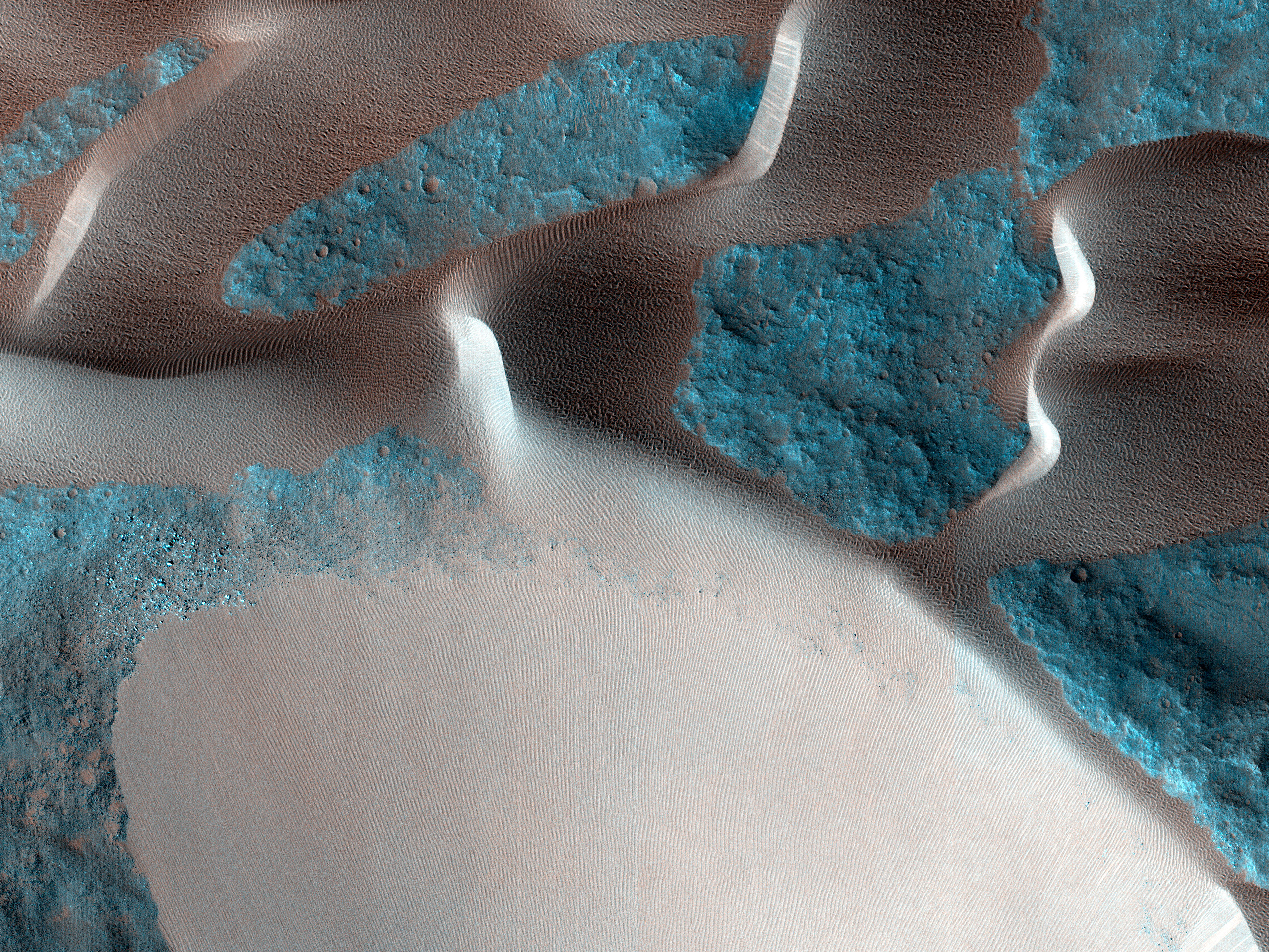 Sand Avalanches in Meroe Patera