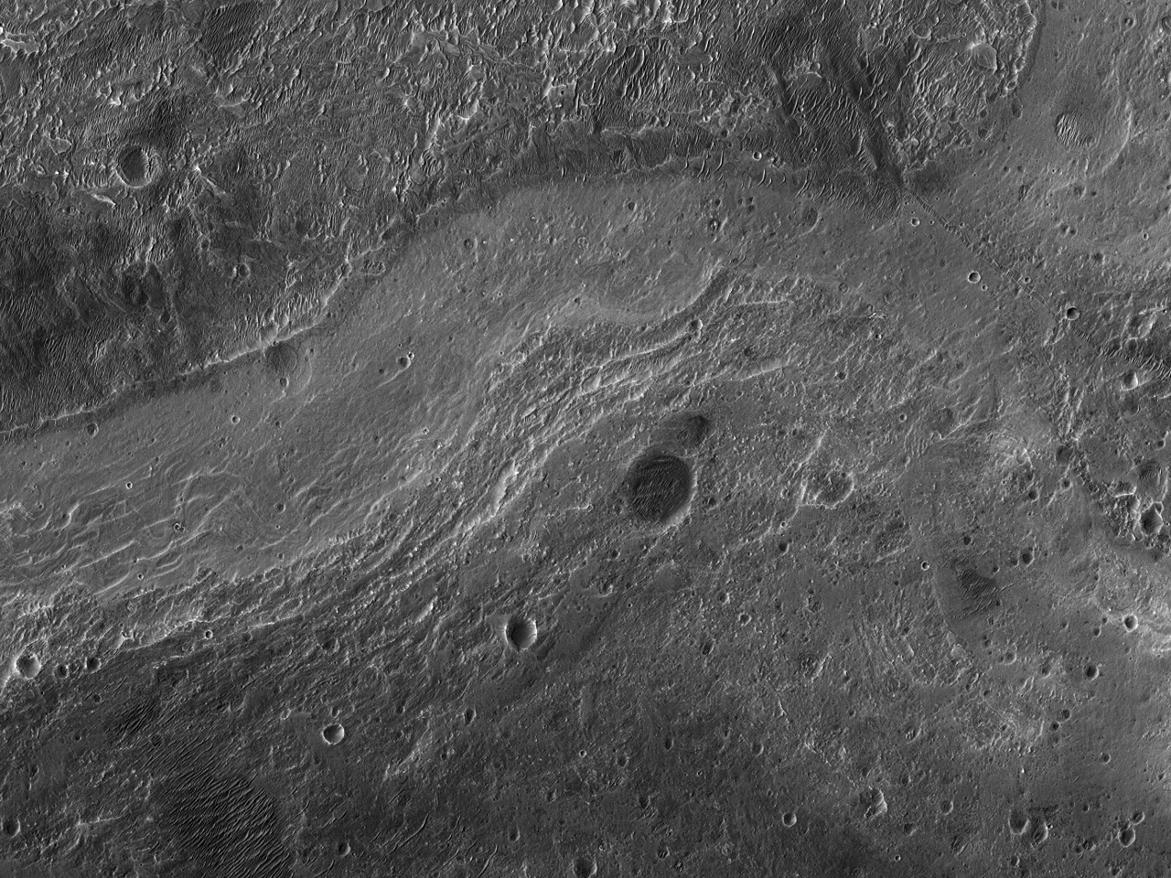 Східна частина дна кратера Roddy
