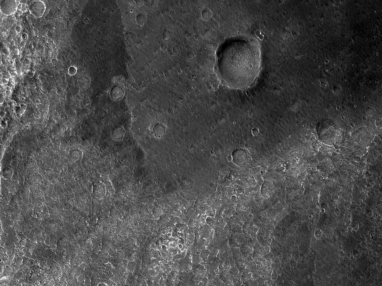 Vestre flanke av terreng i Hydrae Chasma