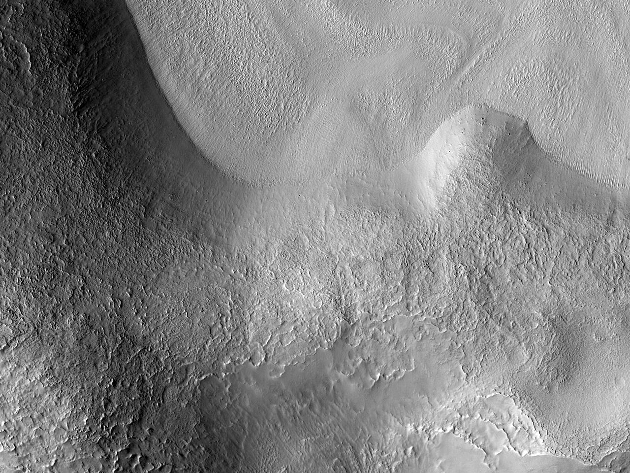 Terreng nær Nilosyrtis Mensae