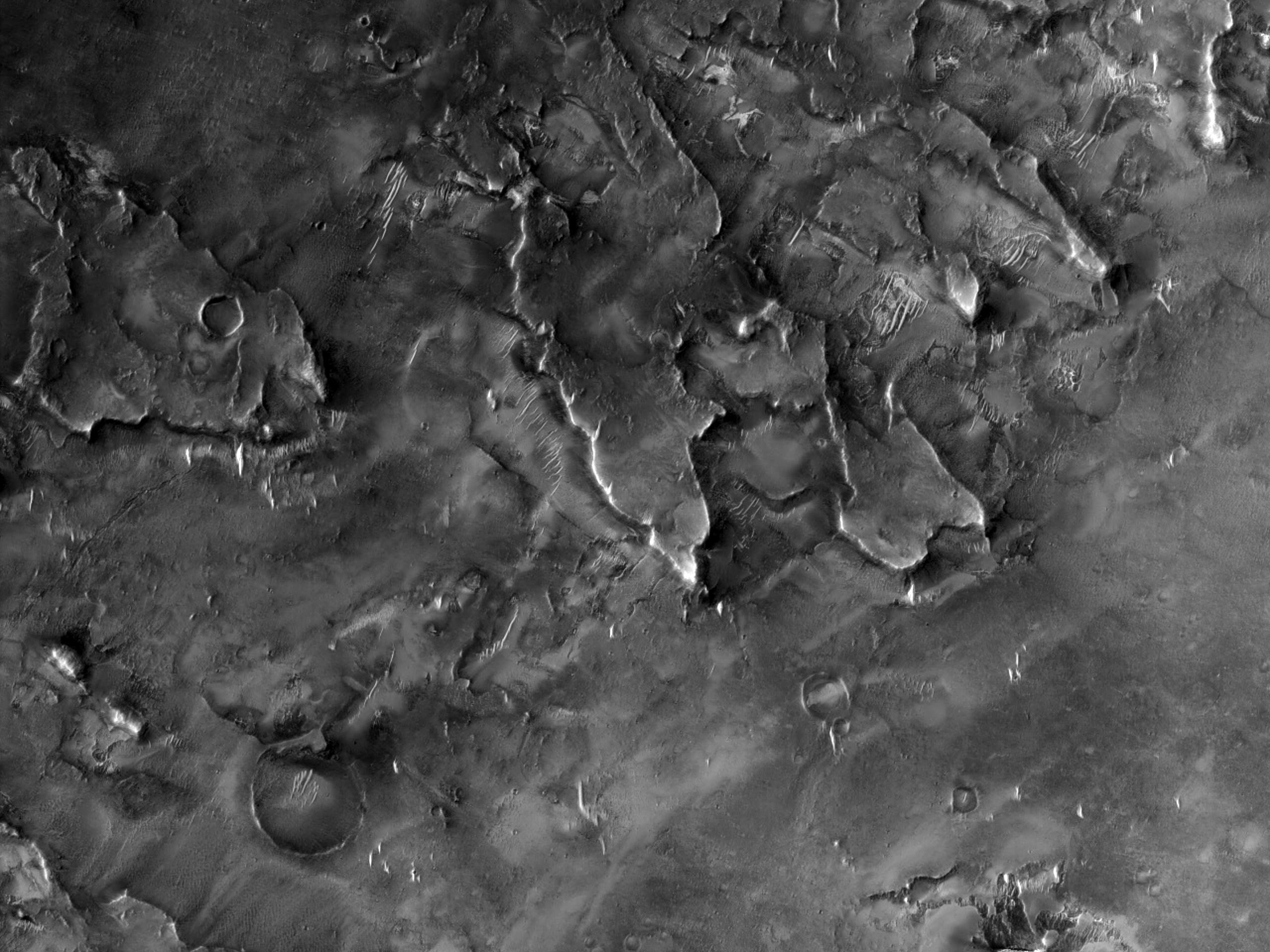在大塞地斯的地形 (Syrtis Major)