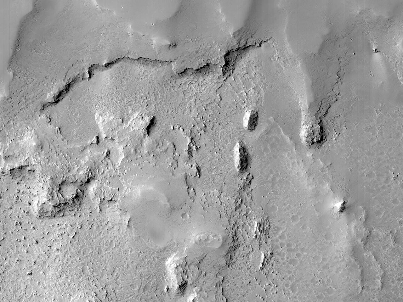 Leito de rocha em camadas na região de Arabia