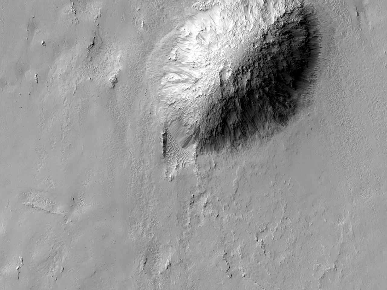 Marginea sudică a rămășiței de impact a craterului Zunil