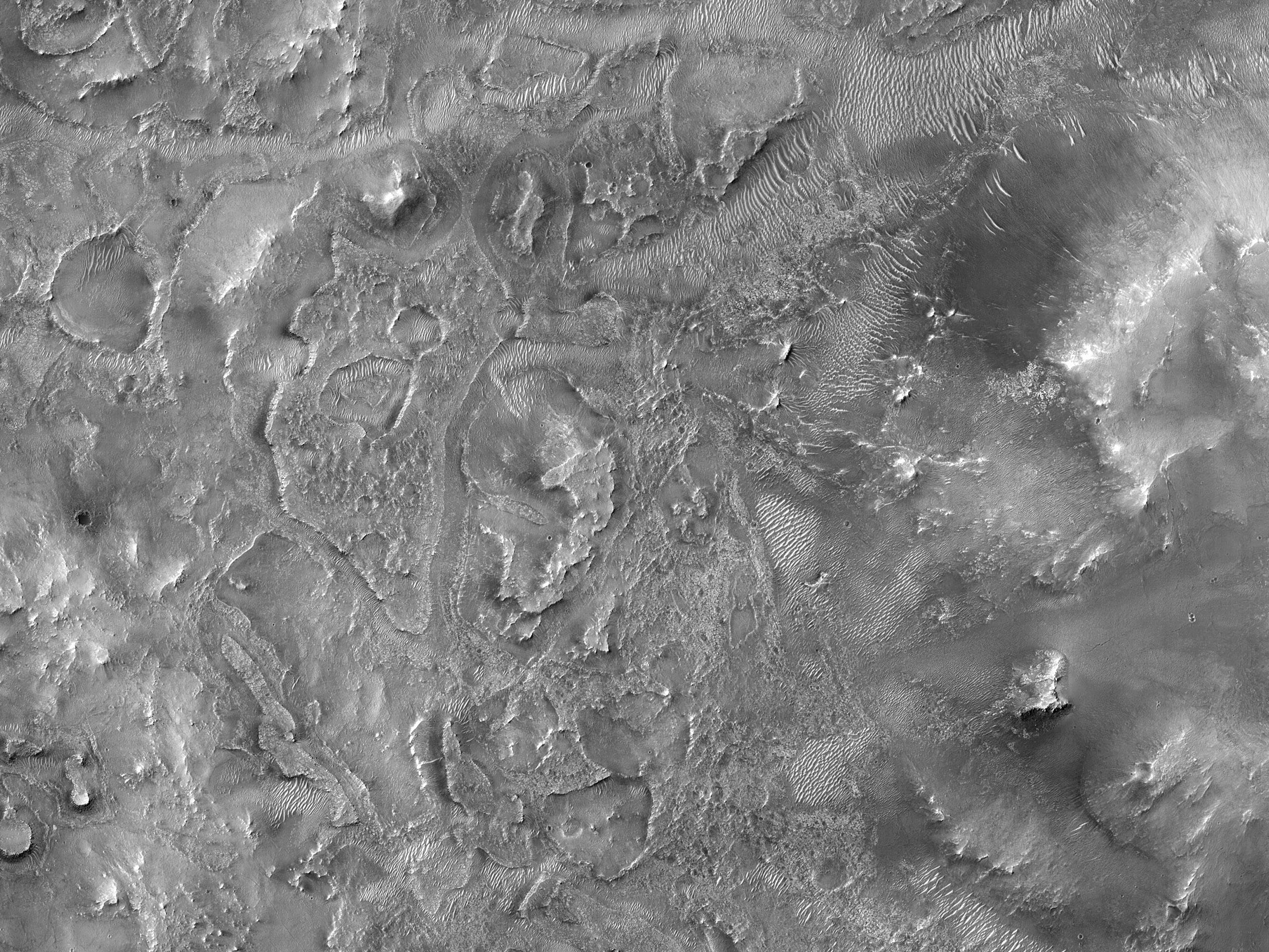 אזור למחקר אפשרי למשימה Mars 2020 ליד מכתש יזרו (Jezero)