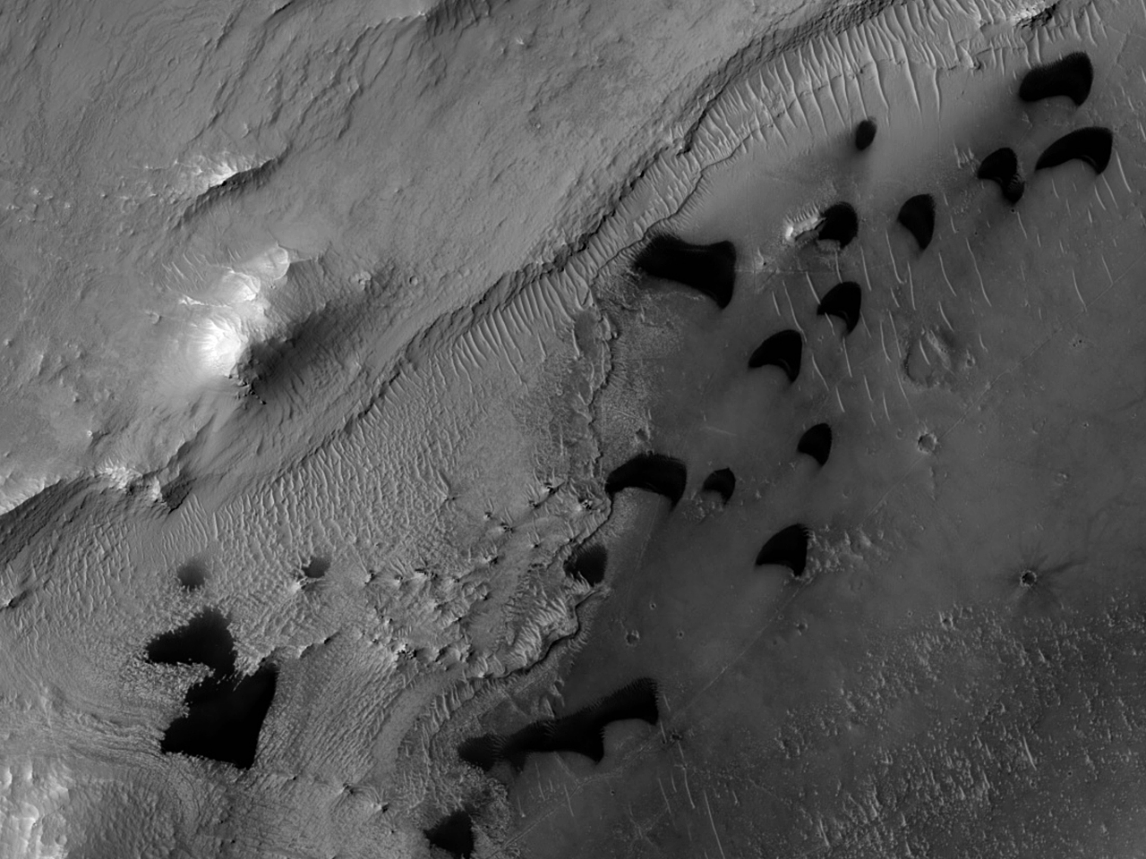 Layered Terrain in Pasteur Crater