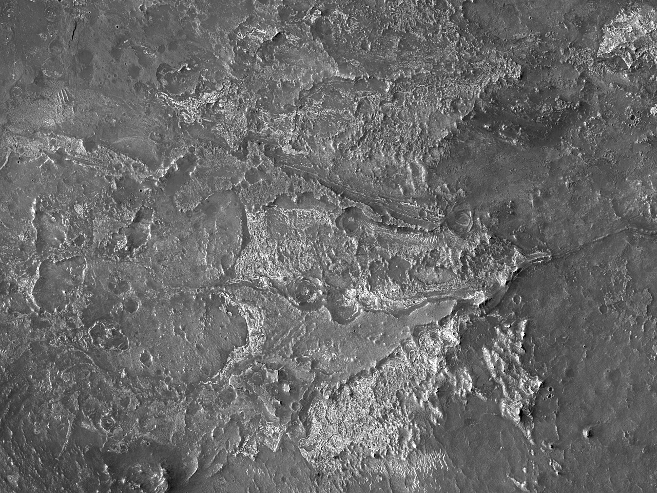Bedrock Exposures in Northeast Syrtis Major Region
