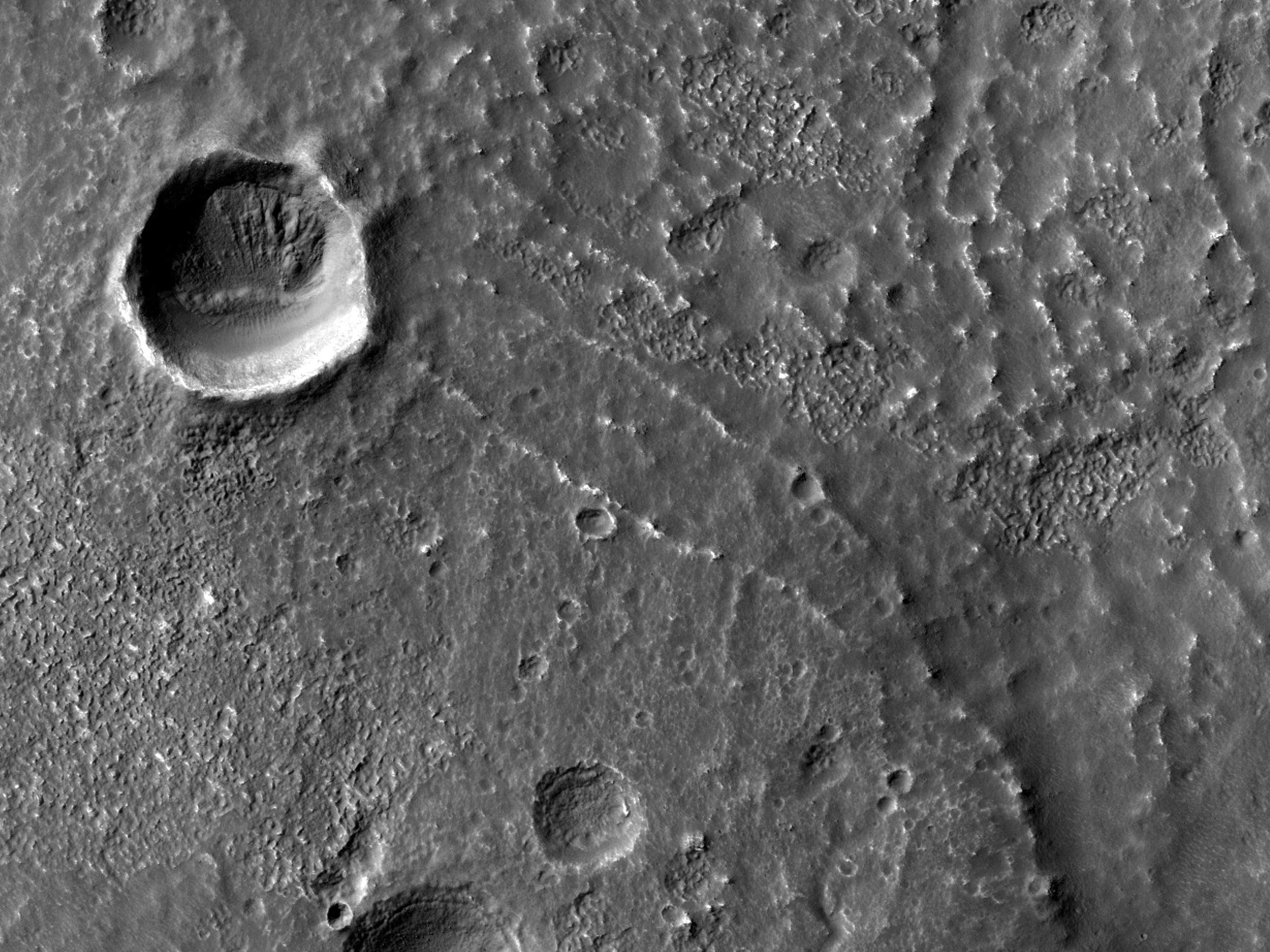 Ridges in Southern Claritas Fossae
