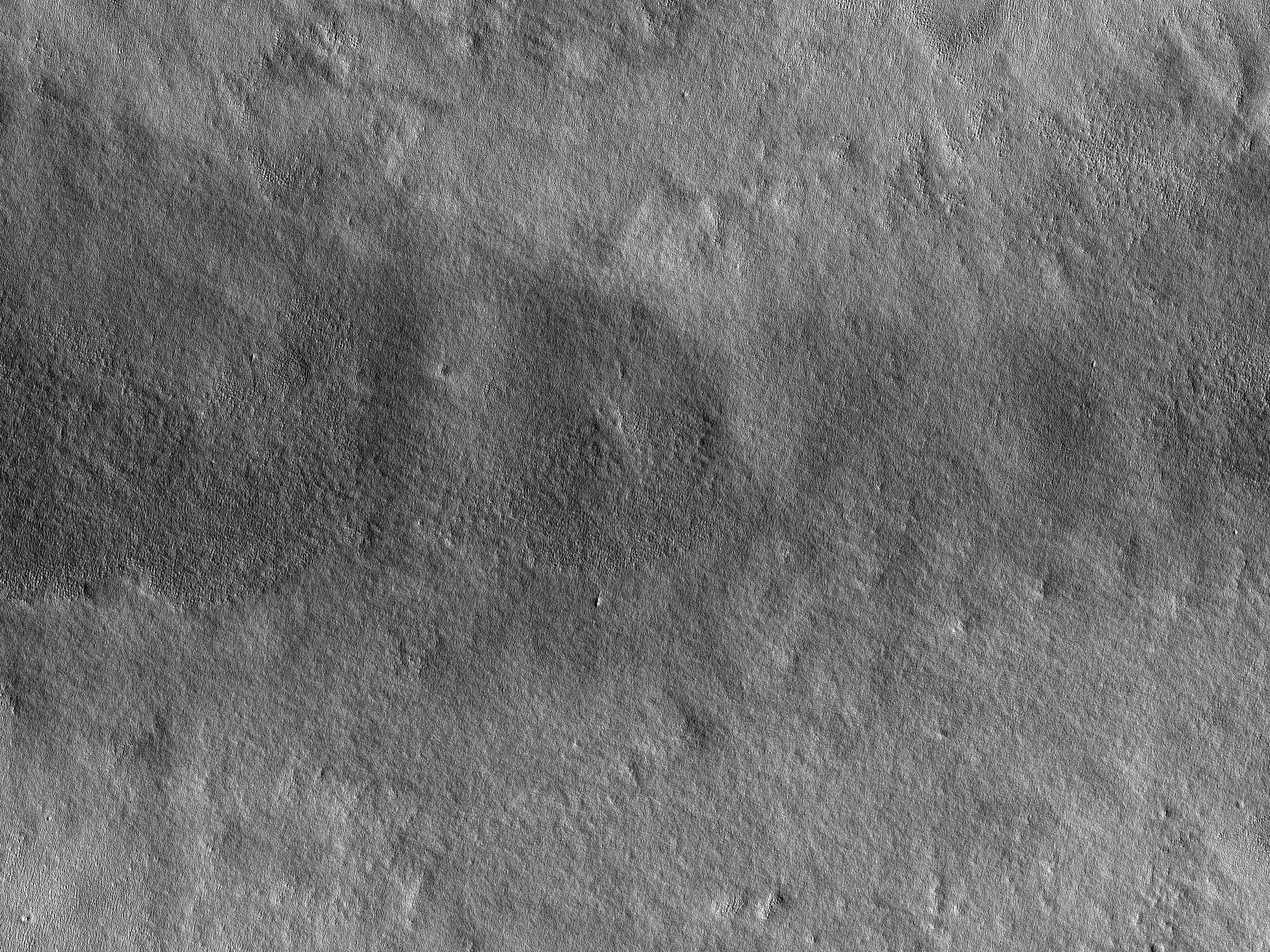 Thin Channel in Northern Arcadia Planitia