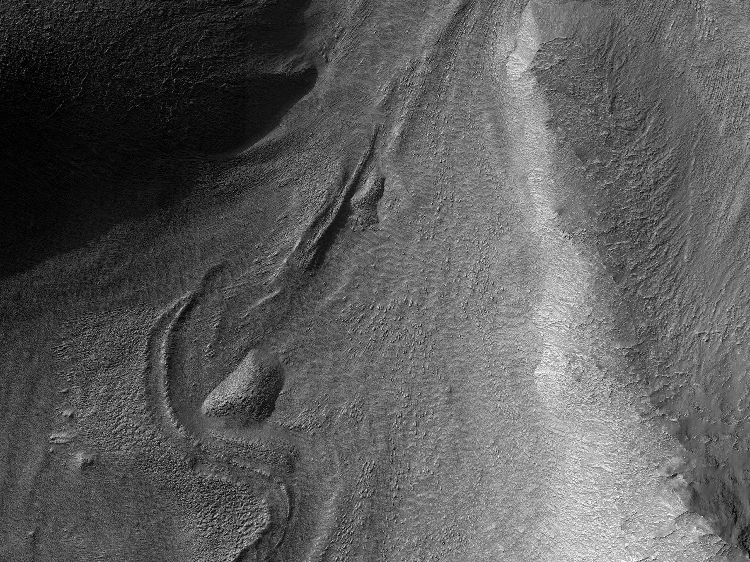 Flow into a Crater near Reull Vallis