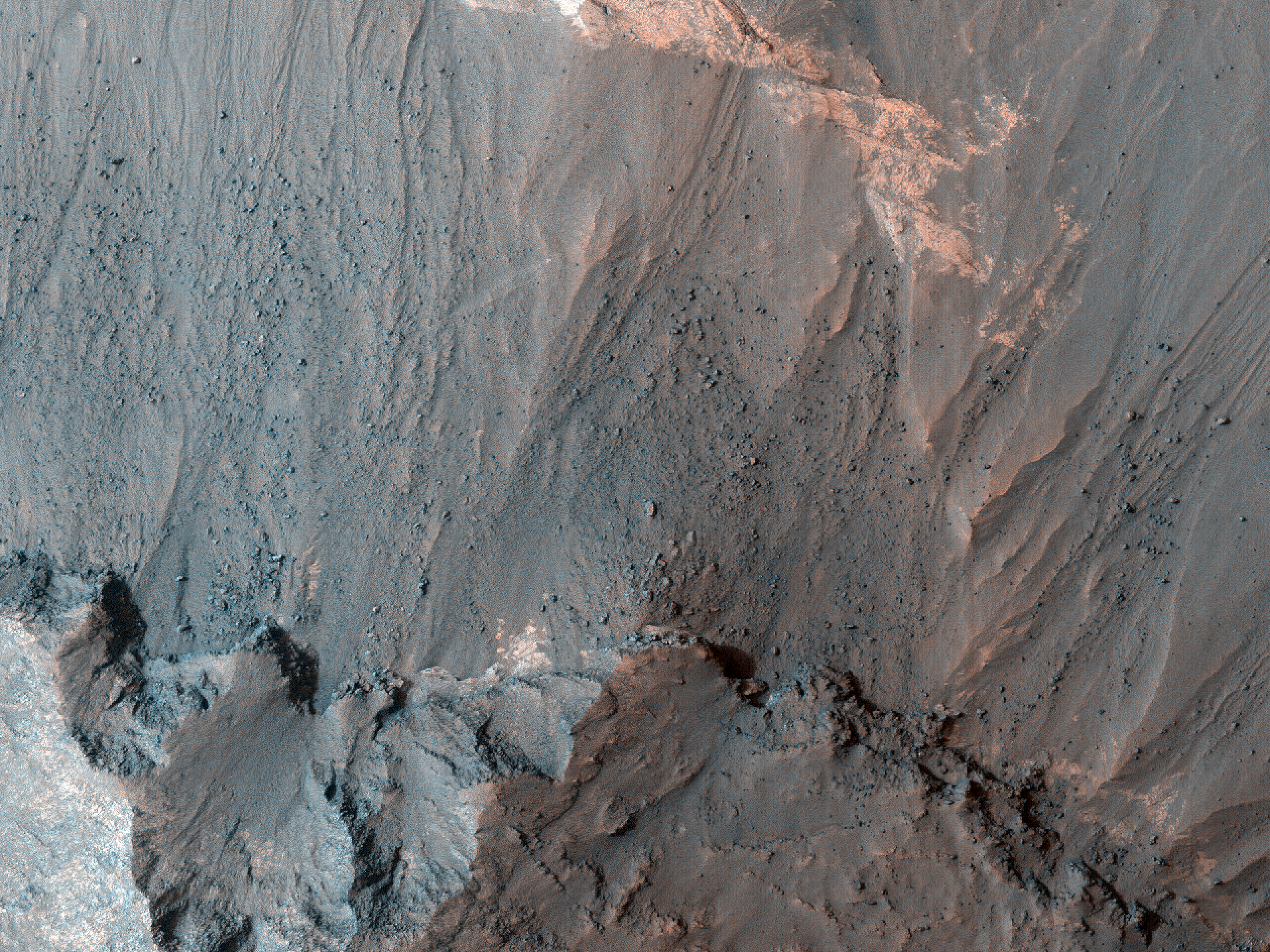 The Grains in Rabe Crater