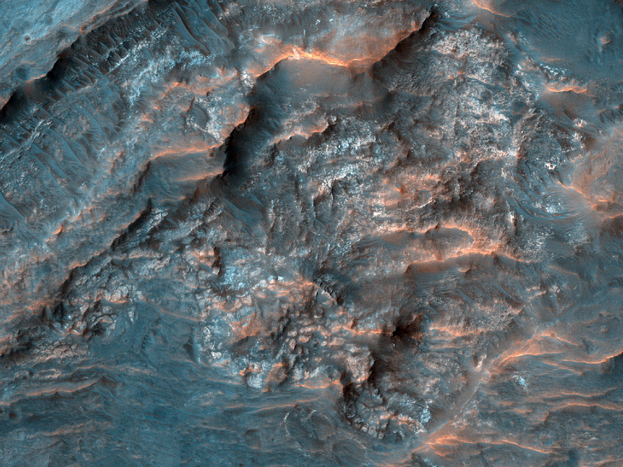 Deposits in Savich Crater