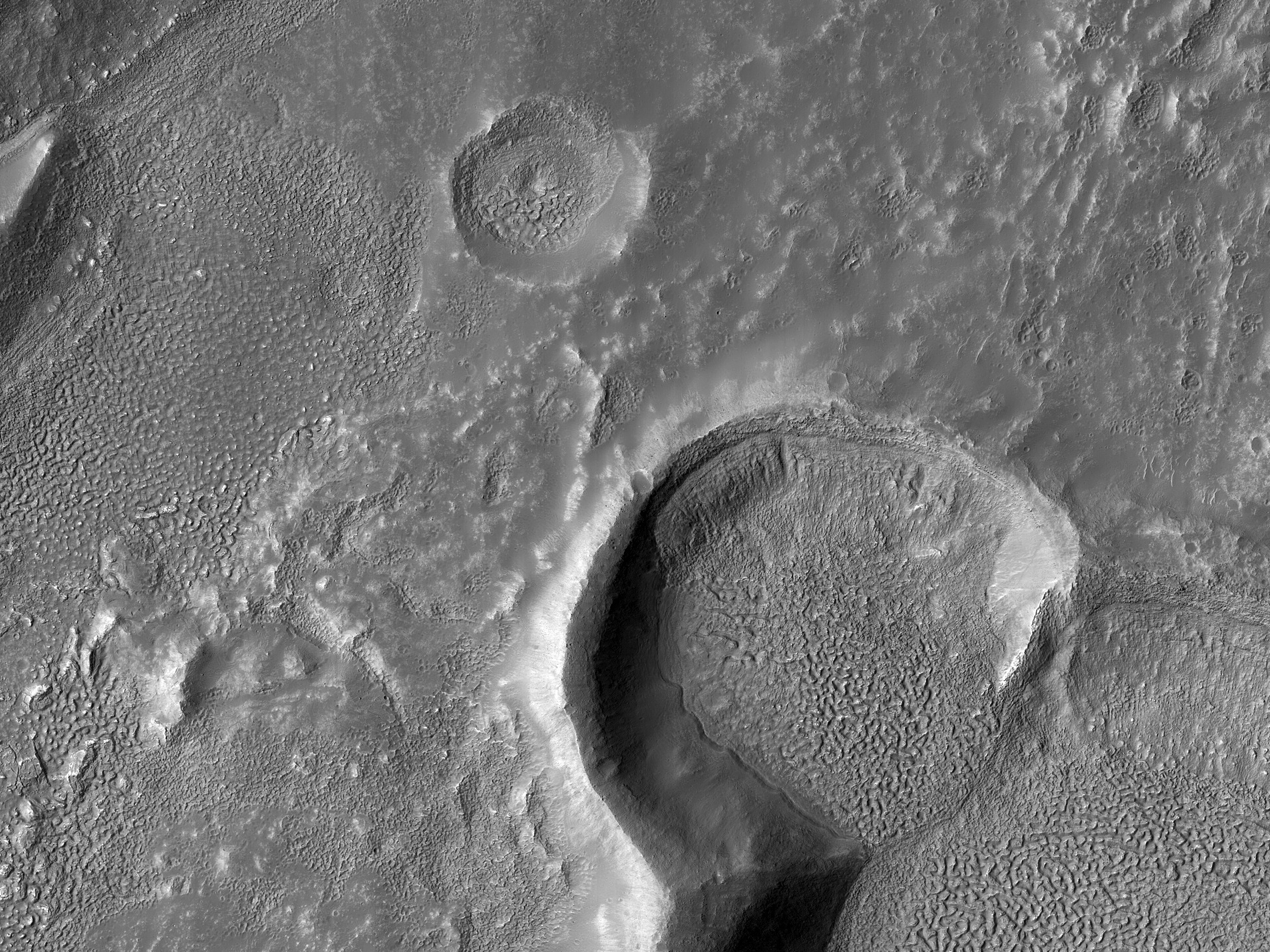 Mantle Layers in Icaria Fossae