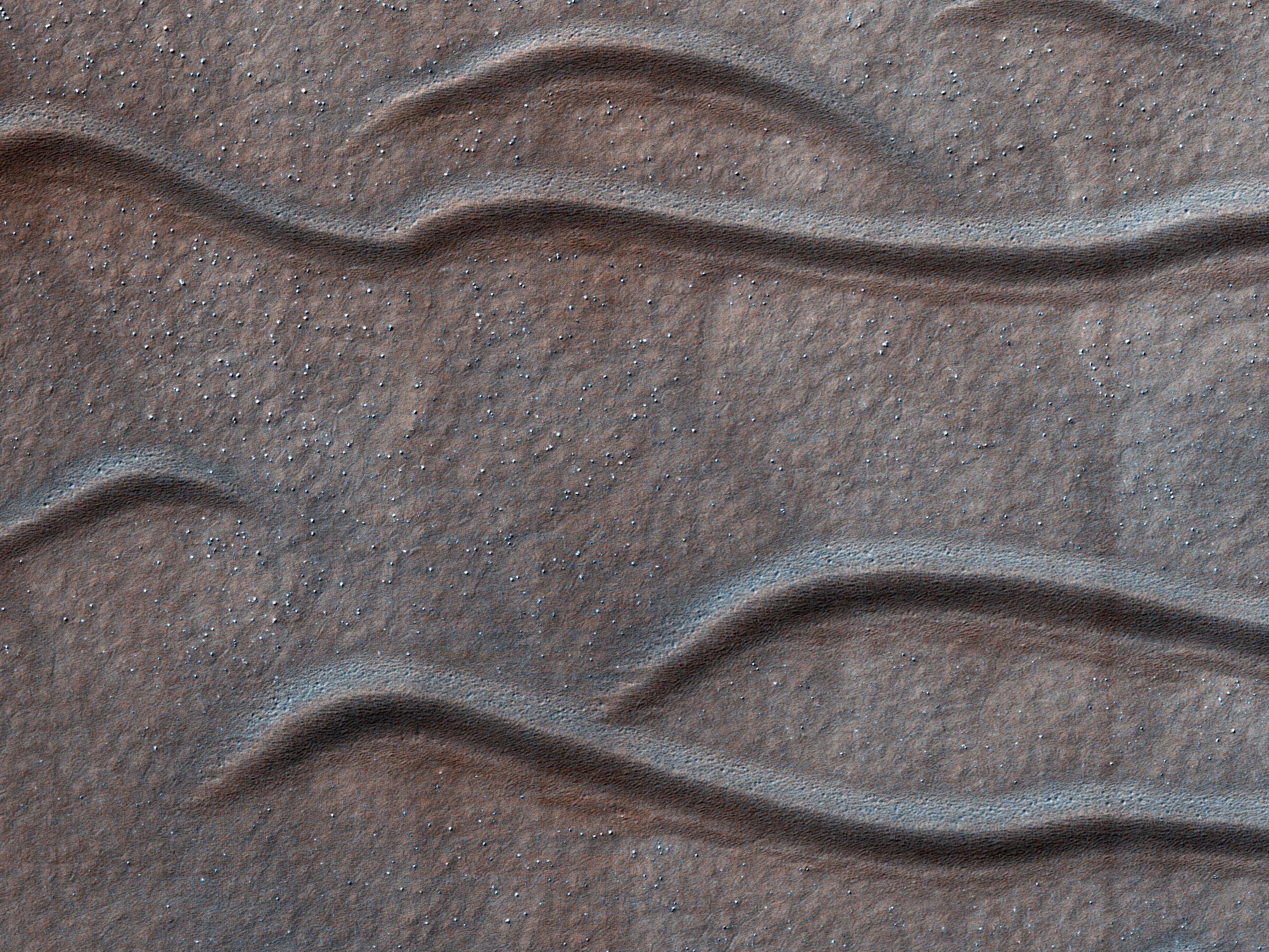 Ondas de arena en el Marte austral
