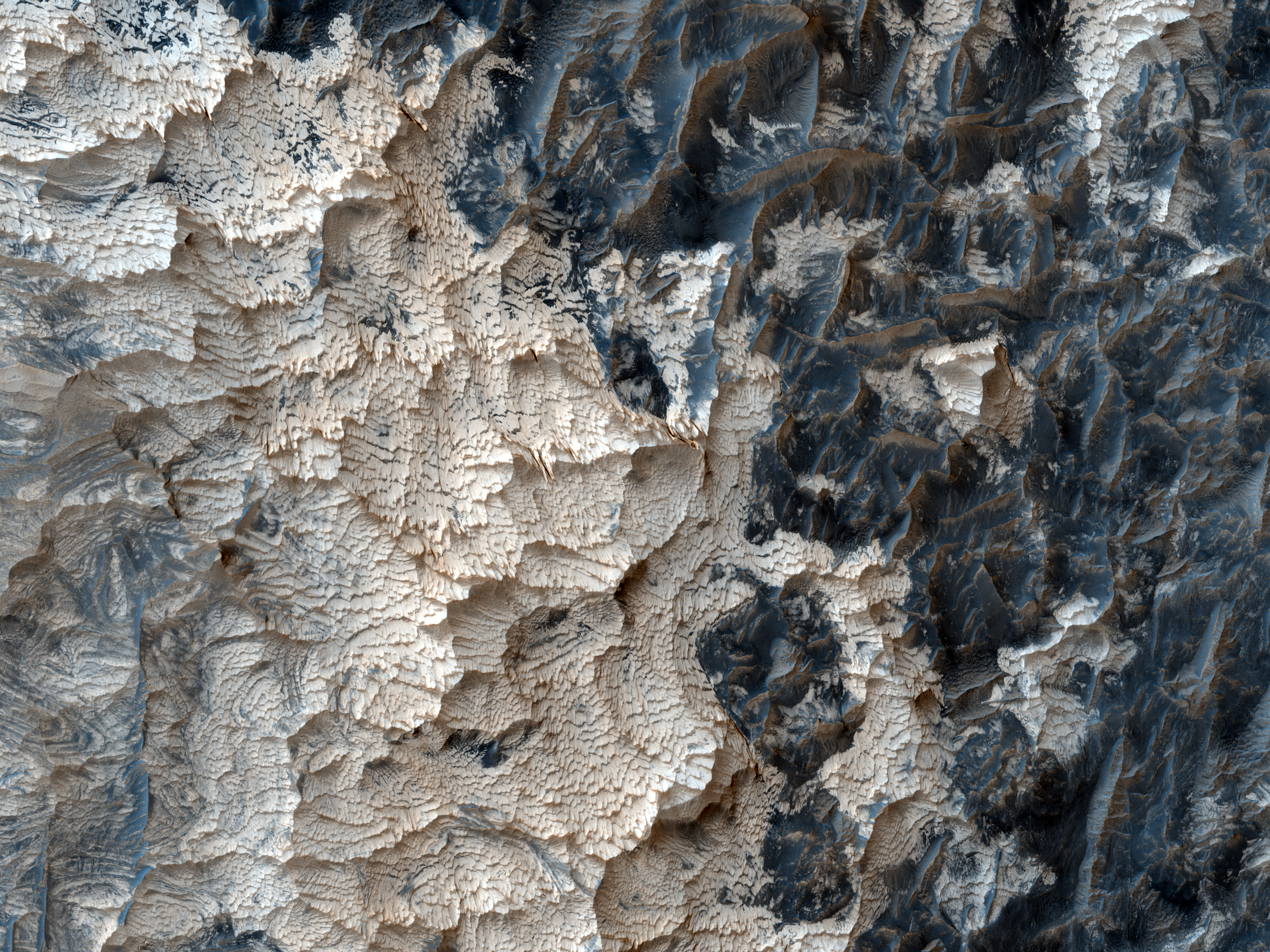 Colorful Outcrops in Schiaparelli