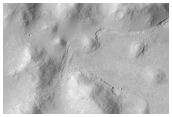 Landslides on Flat Topography in Elysium Planitia