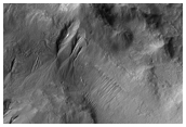 Multiple Levels of Gullies - Size Gradation Effect