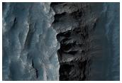 Juventae Chasma Layered Kieserite Deposit