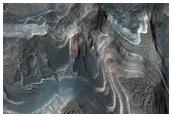 Sedimenti stratificati in Hellas Planitia