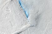 Fractured Terrain in Elysium Planitia