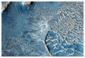 Fractured Layered Material in Arabia Terra