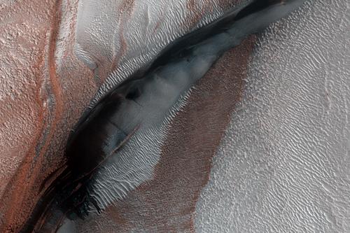 MRO (Mars Reconnaissance Orbiter) - Page 3 ESP_017043_2640