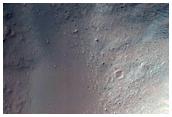 Fresh 4-Kilometer Diameter Crater on the Eastern Margin of Hesperia Planum