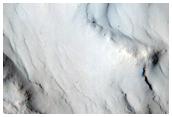 Extremely Dark Slope Streak in Arabia Terra