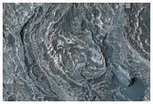 Formazioni curve nella Vallis Marineris