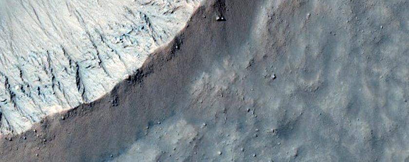 Well-Preserved 1-Kilometer Diameter Impact Crater