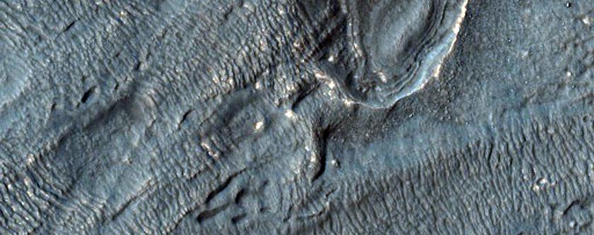 Fretted Terrain-Like Aprons Near Reull Vallis