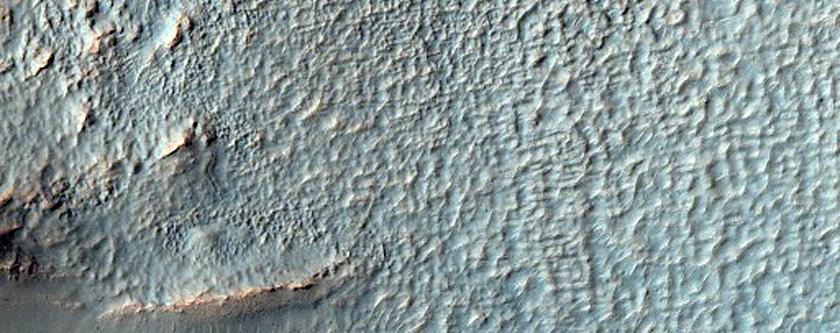 Gullied Crater Wall in Terra Sirenum Seen in MOC Image S23-00706