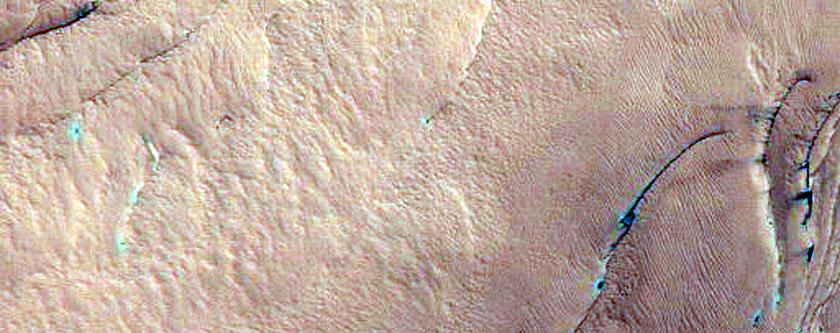 Monitor North Polar Scarp for Active Avalanches