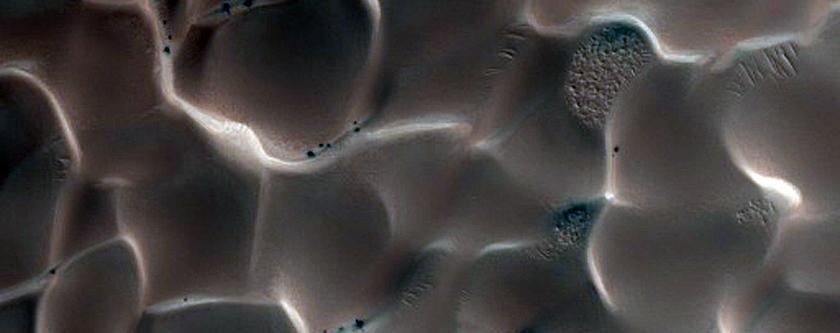 Slope Streaks on Dunes