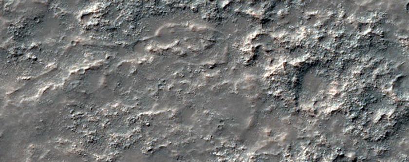 Lava Flows in Solis Planum