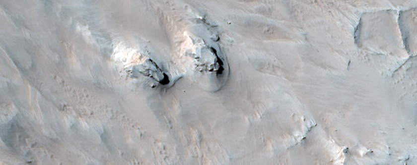 Polygonal Ridges Possibly Related to Fluvial Deposits