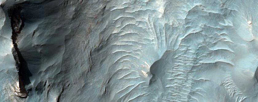 Juventae Chasma Landforms
