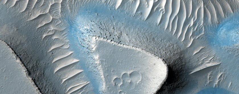 Mesas on Floor of Candor Chasma