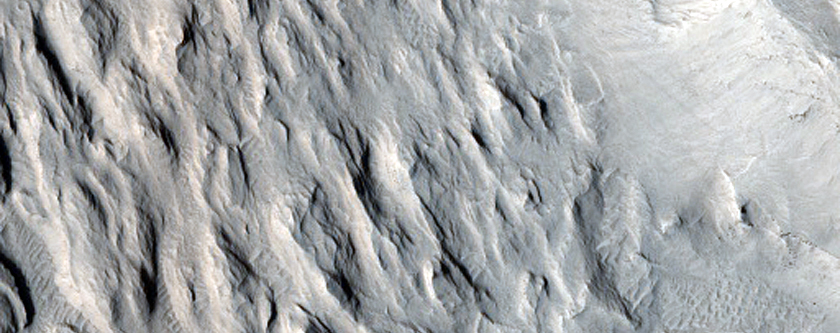 Layered Terrain between Aeolis and Zephyria Plana