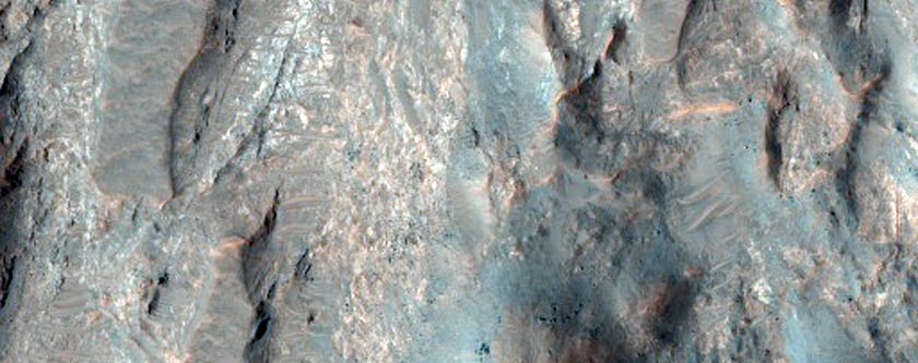 Well-Exposed Fractured Bedrock in Central Uplift of Crater