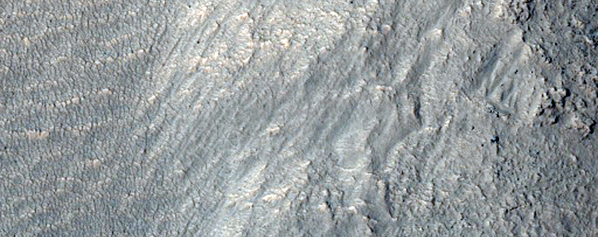 Possible Layers of Tongue-Shaped Flows Northeast of Reull Vallis