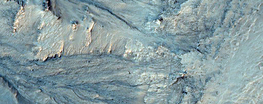 Slope Features on Crater Wall in Newton Crater