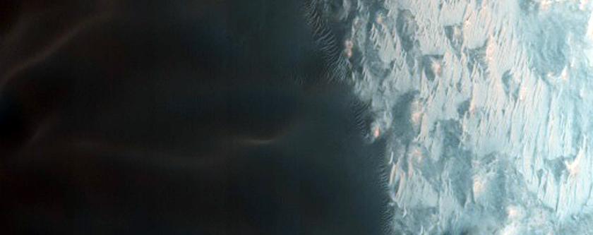 Matara Crater Large Dune Gully