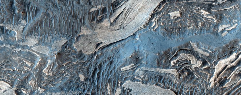 Jumbled Terrain in Ius Chasma
