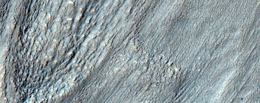 Tongue-Shaped Flow Features Near Reull Vallis